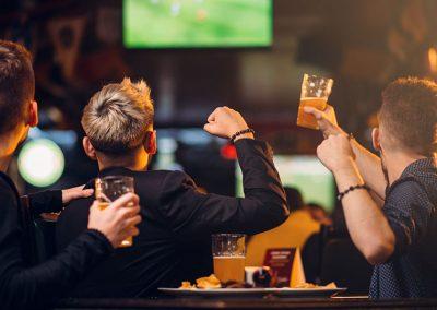 Gemeinsam Sportevents im TV anschauen, Café Alibi in Passau